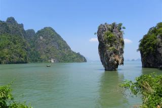 Salvador Pla- James Bond Island Tailandia.