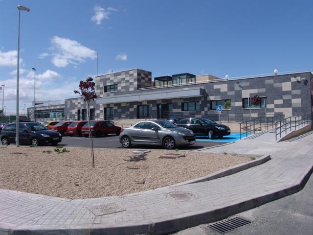 La piscina cubierta municipal de ser madrid sur for Piscina ciempozuelos