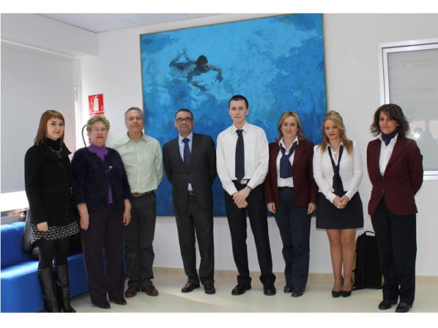 El alcalde de parla inaugura la nueva ser madrid sur for Oficina de atencion al ciudadano linea madrid