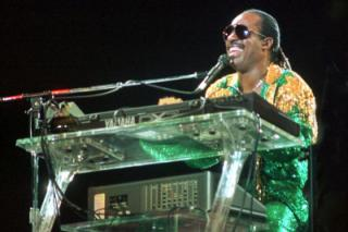 La carrera musical de Stevie Wonder, hoy en Musikpedia.