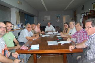 El alcalde de Parla se reúne con la Federación de Asociaciones de Vecinos para hablar de los nuevos proyectos para la ciudad.