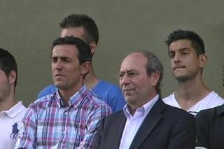 El CF Fuenlabrada busca entrenador tras la salida de Antolín Gonzalo.