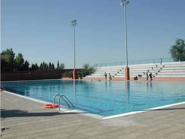 Parla abre sus piscinas este s bado ser madrid sur - Piscinas de agua salada ...