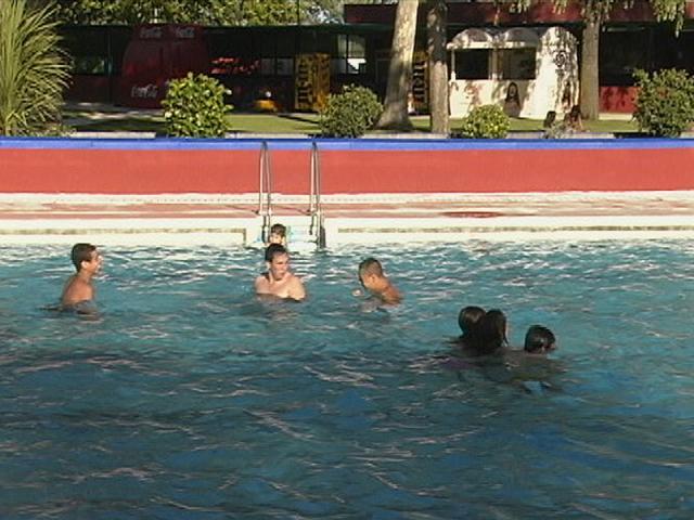 La entrada a la piscina municipal de ser madrid sur for Piscina fuenlabrada