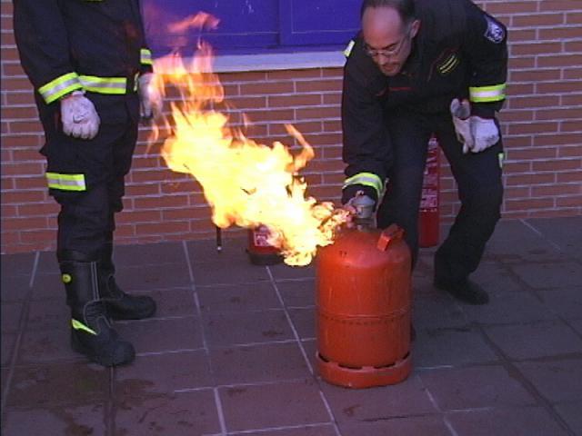 C mo apagar un fuego en la cocina de ser madrid sur - Cocina de fuego ...