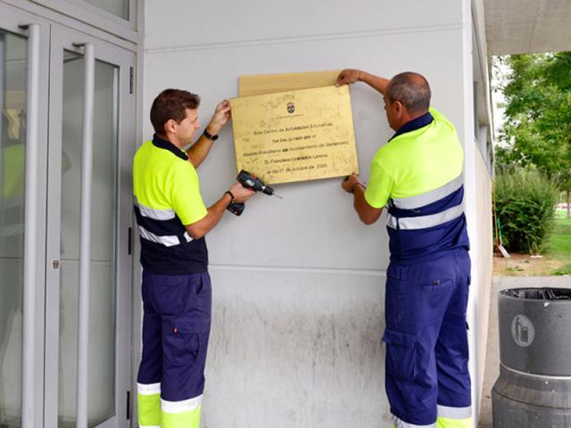 Valdemoro comienza a retirar las placas ser madrid sur for Piscina valdesanchuela